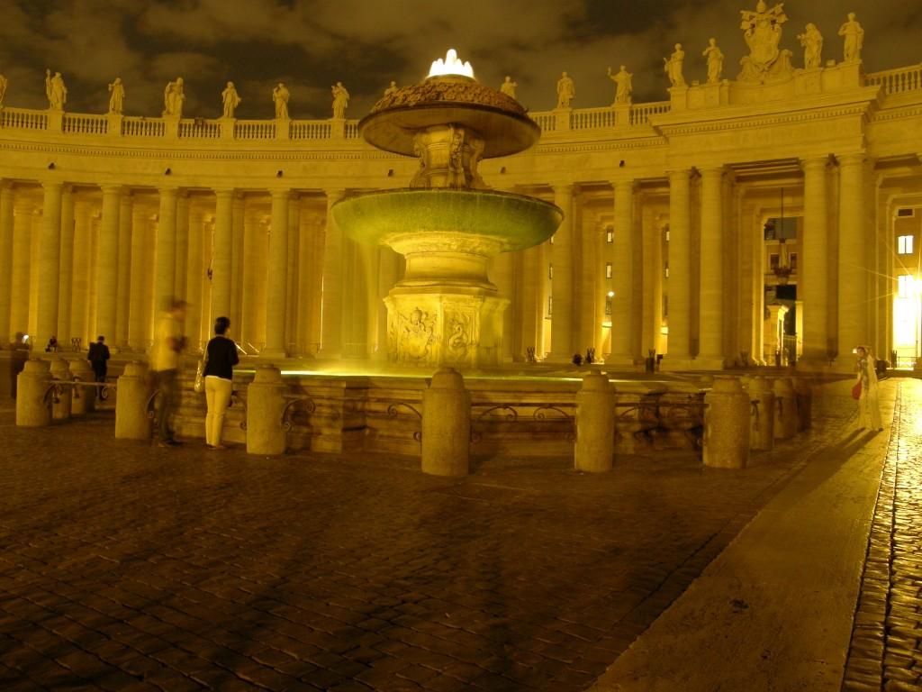 Aftenbillede fra Peterspladsen, Vatikanet i Rom