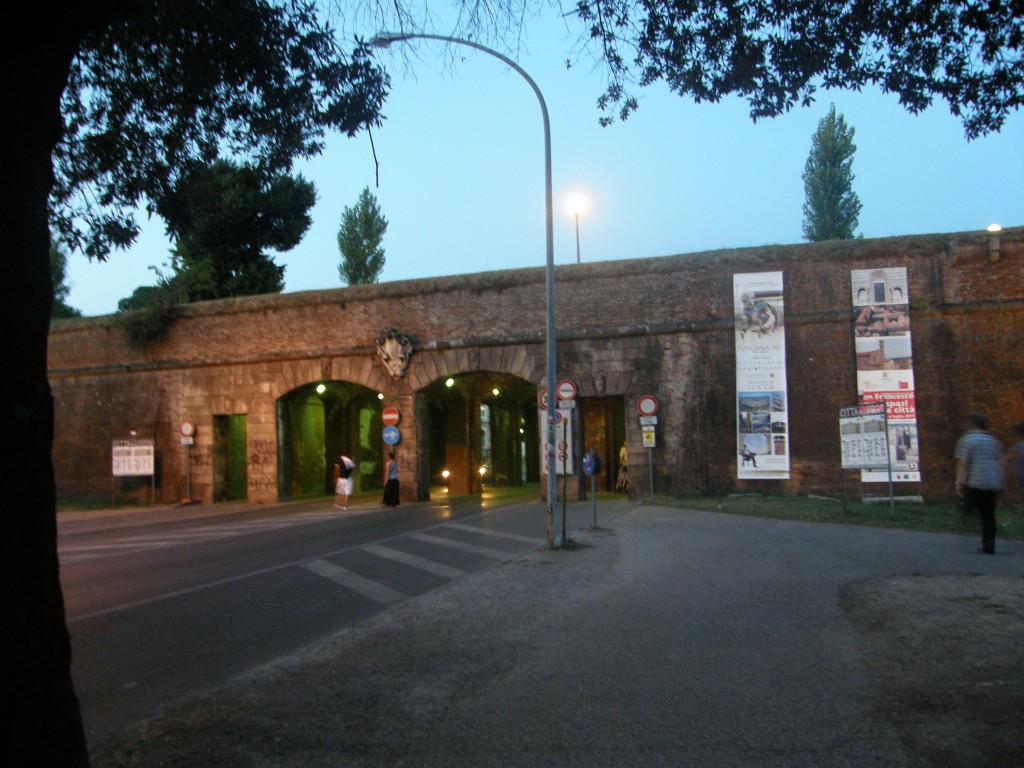 Bymuren i Lucca