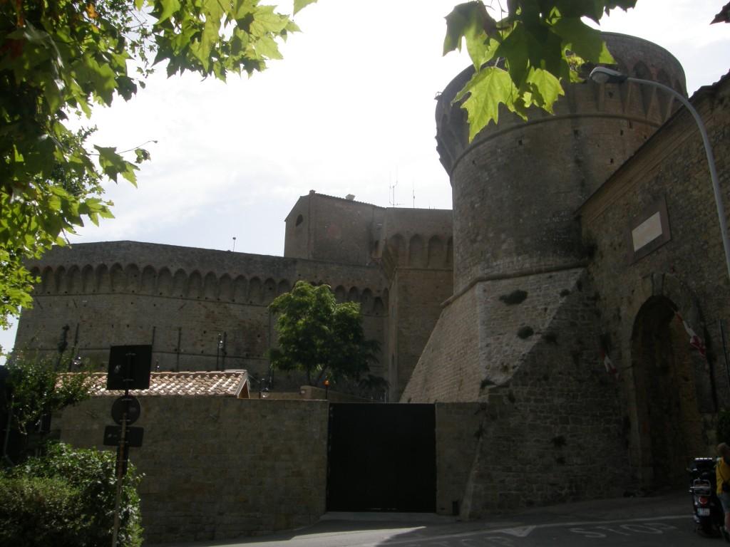 Byport og fængslet i Volterra