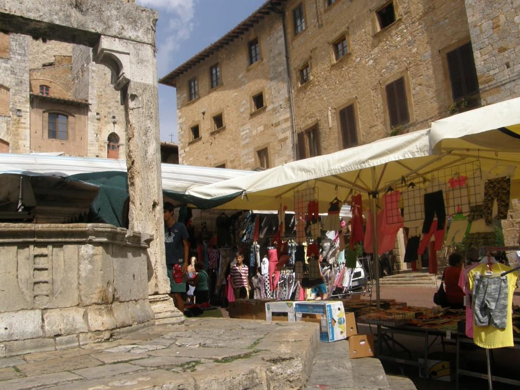 Marked i San Gimignano