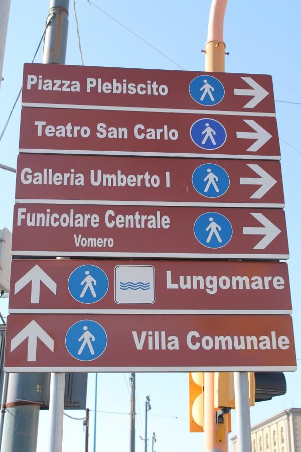 Så er det bare at starte rundturen i Napoli