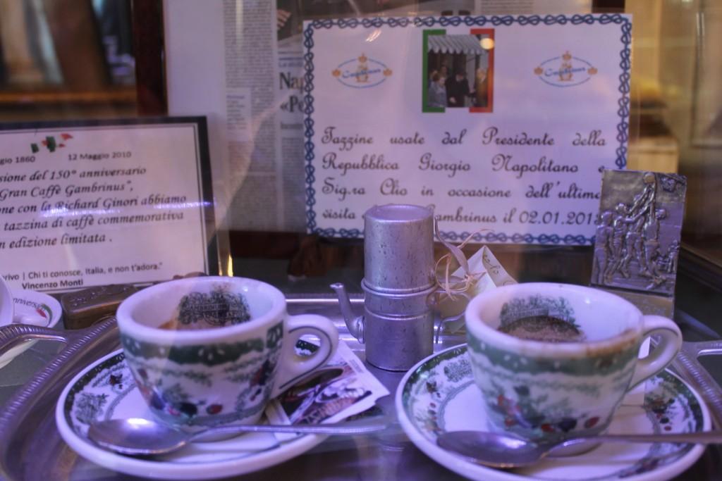 Italiens tidligere præsident Napolitano har også drukket her og ladet opvasken stå :-)
