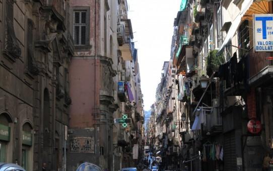 Kom med til Napoli