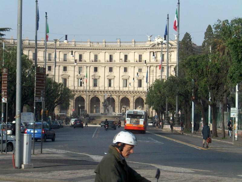 Piazza della Repubblica - set fra Termini.