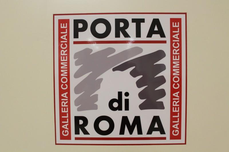 Porta di Roma