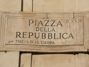 Piazza della Repubblica hed tidligere Piazza dell'Esedra