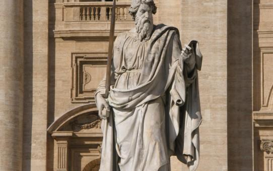 Apostlen Peter med sværdet foran Peterskirken