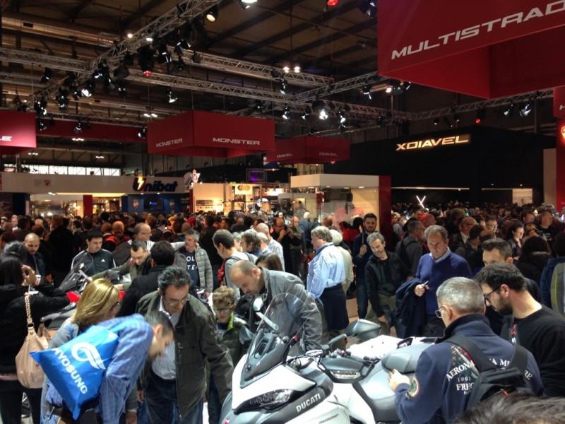 Der er mange mennesker, som elsker motorcykler