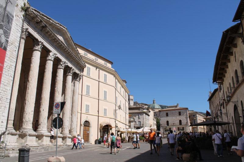 Piazza del Comune - centralt i Assisi