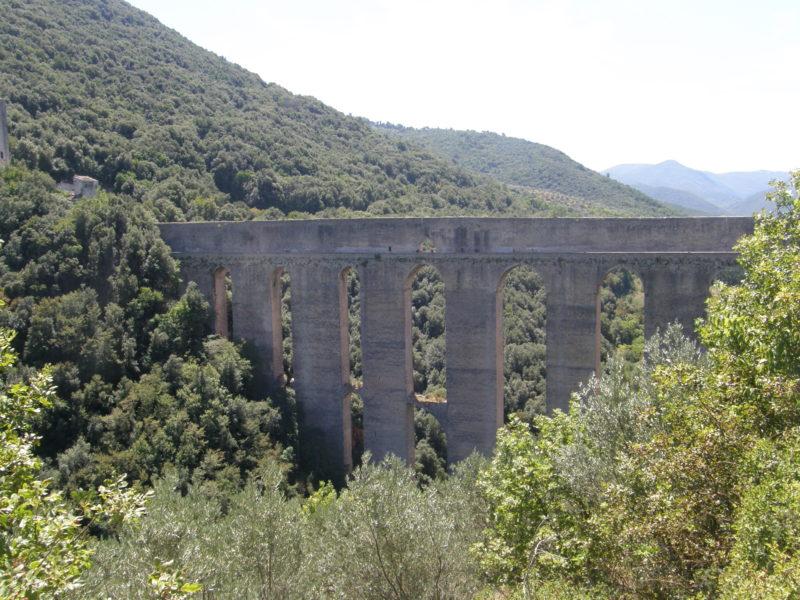 Byens vartegn - tårnbroen Ponte delle Tori