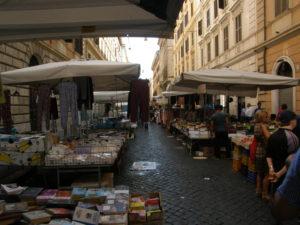 Markedet i Via Montebello