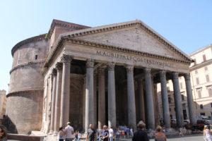 Piazza della Rotonda med Pantheon
