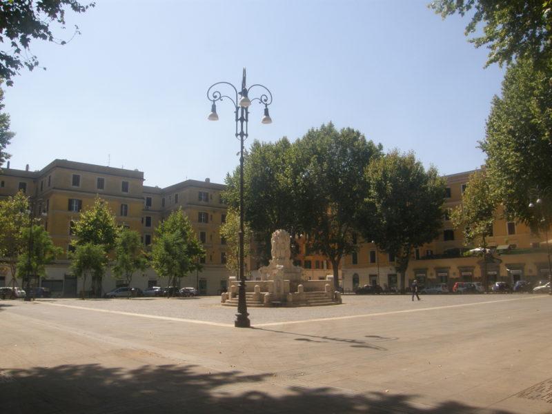 Piazza Testaccio på en solskinsdag