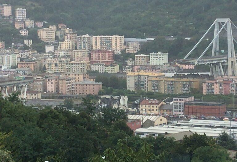 Åbningen af den nye bro i Genova skaber håb