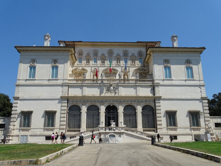 Kom med på rundtur i Villa Borghese