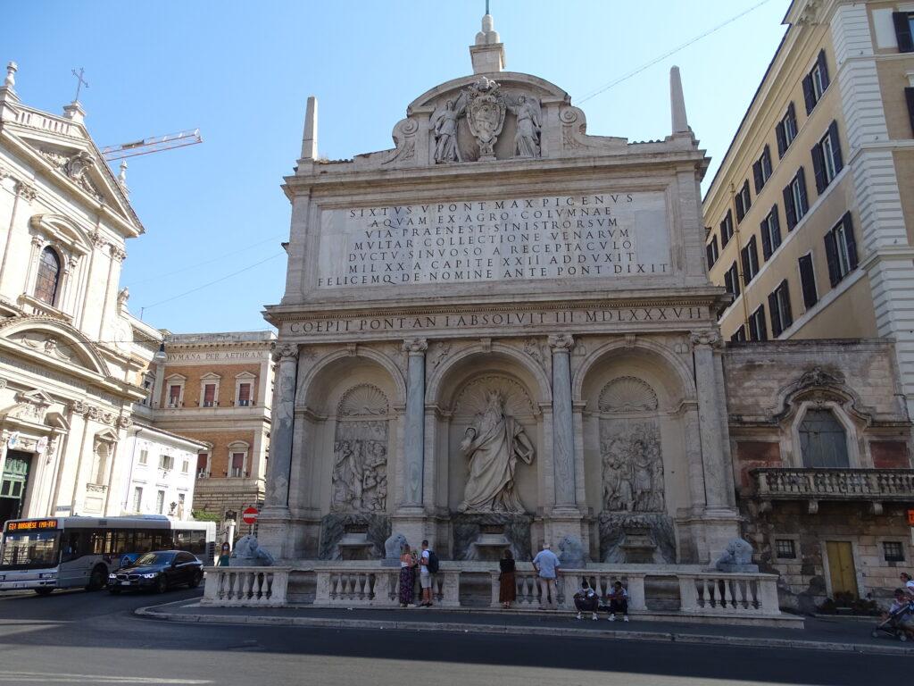 Fontana Felice med Moses statuen på Piazza Bernardo i Rom