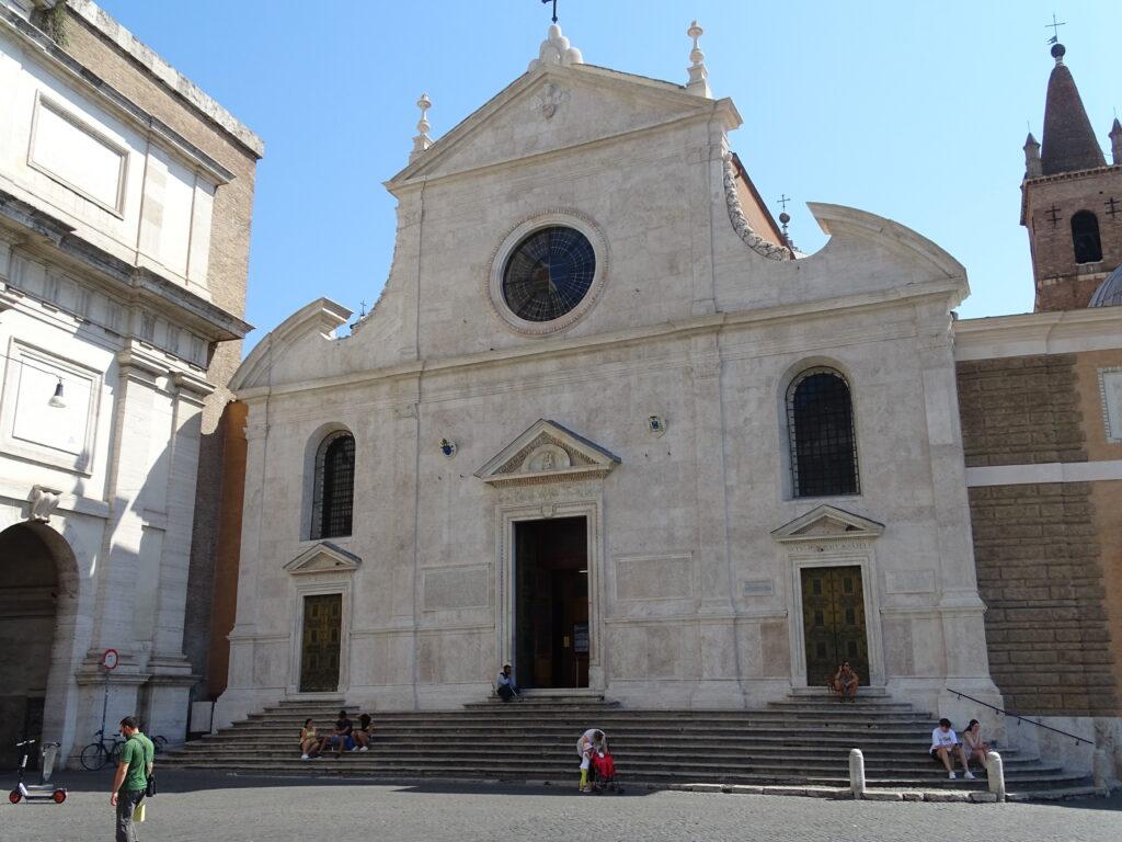 Santa Maria del Popolo med værker af Caravaggio