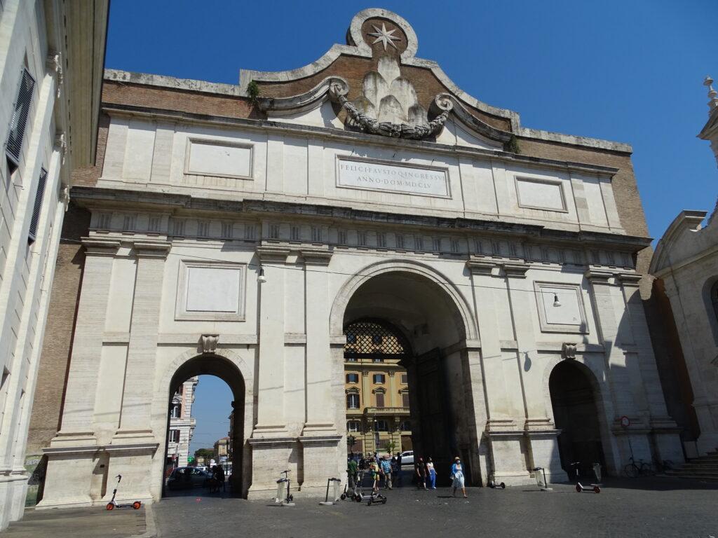 Porta del Popolo i Rom