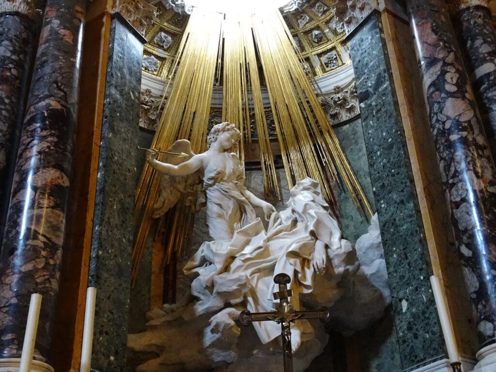 Gianlorenzo Berninis mesterværk af Den Hellige Teresas ekstase